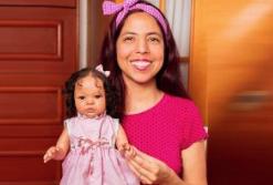 Vanessa Rocha é uma das artistas que confecciona os famosos Bebês Reborn