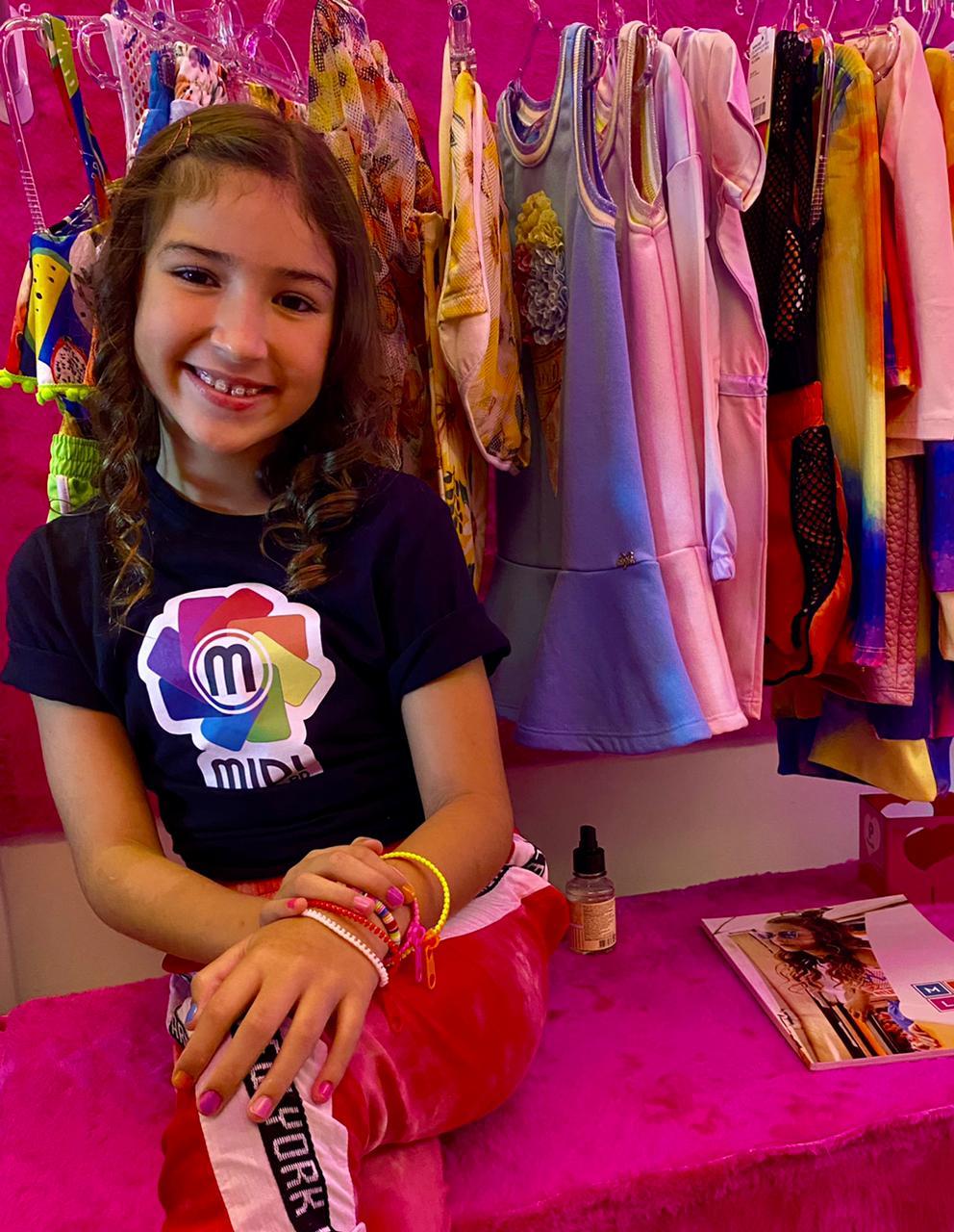 Atriz mirim Duda Machado, prestigia inauguração da Loja Glamourosa Kids e Teen, no Rio